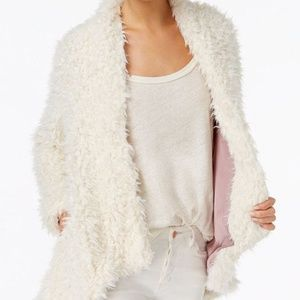Free People Jackets & Coats - SOLD OUT fuzzy white free people jacket